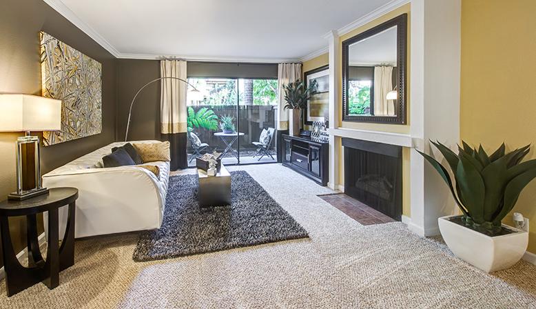 Woodland Hills Apartments For Rent Alura Decron