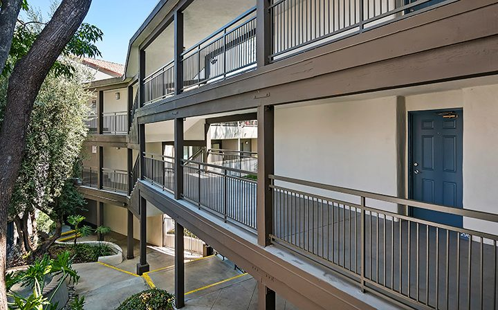 Second and third story exterior walkways at Alura, a Woodland Hills apartments community