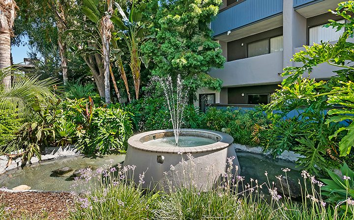 Courtyard fountain at Alura, a Woodland Hills apartments community