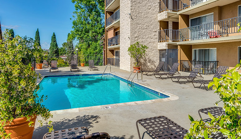 Apartments for Rent in the San Fernando Valley | Decron