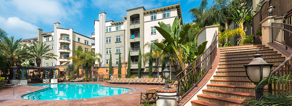 Featured Image for Find Your Own Oasis at Playa del Oro and Pay No Rent in November!