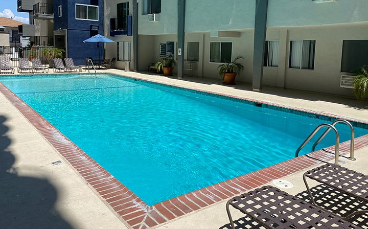 Large rectangular pool between apartments at Pacific Ocean, Santa Monica apartments