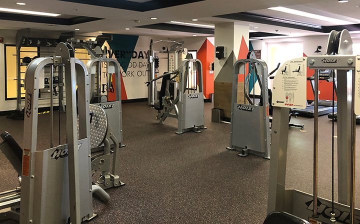Weight machines in Silicon Beach apartment Playa del Oro's indoor fitness center