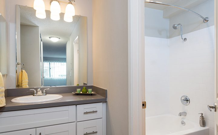 Furnished bathroom with shower/tub combo at Playa Pacifica, Playa del Rey apartments in Los Angeles