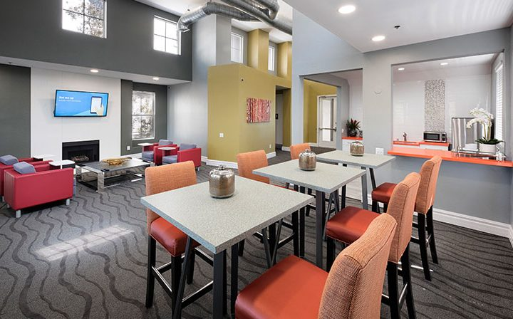 Clubhouse dining seating at the Bridge at Emeryville apartments community