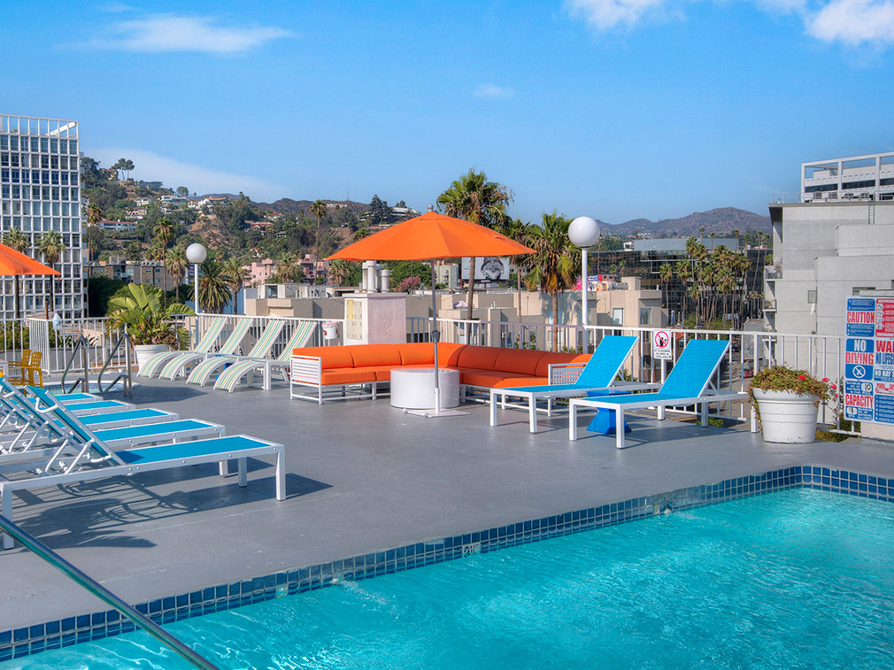 Rooftop pool with stunning view of the city at the Hollywood apartments community The Jessica