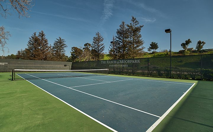 Tennis court on clear day on the grounds of The Ranch at Moorpark, Moorpark apartments