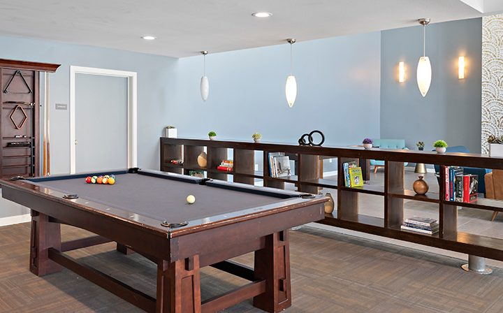 Billiards pool table at The Retreat at Thousand Oaks apartment community resident clubhouse