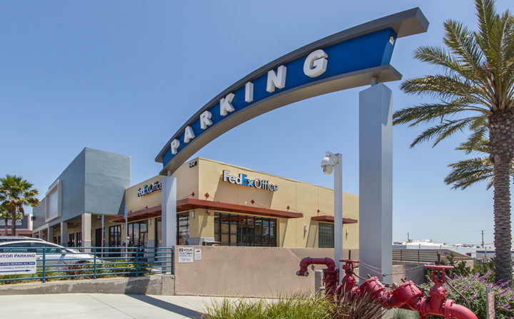 Parking sign for The Hub - El Segundo
