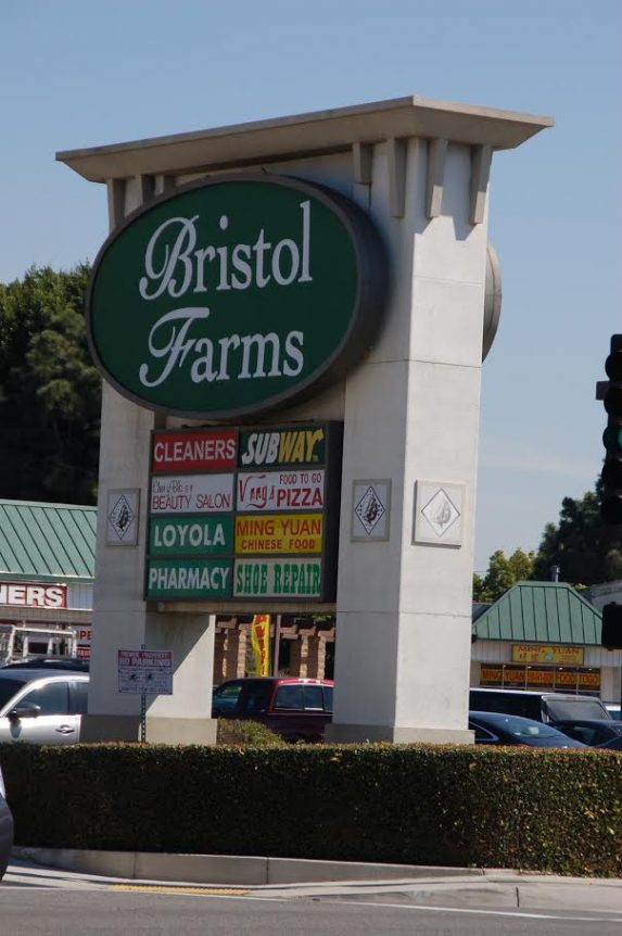 Bristol Farms and other businesses near Decron's Playa del Rey apartments communities