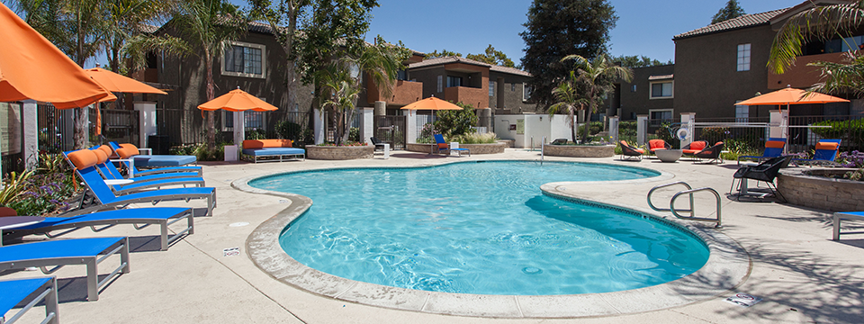 Pool at the Ranch at Moorpark apartments