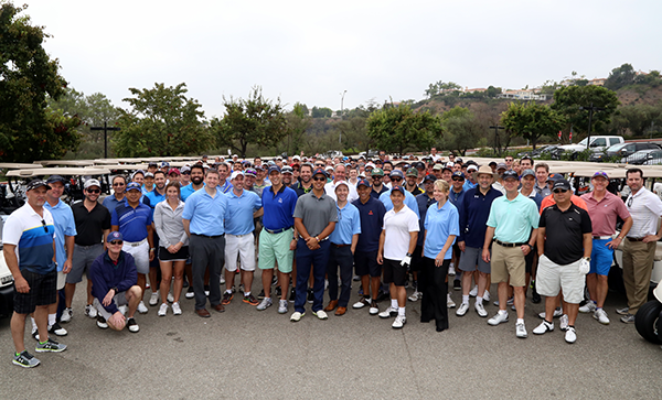2016 YULA Golf Tournament attendees pose for a group picture
