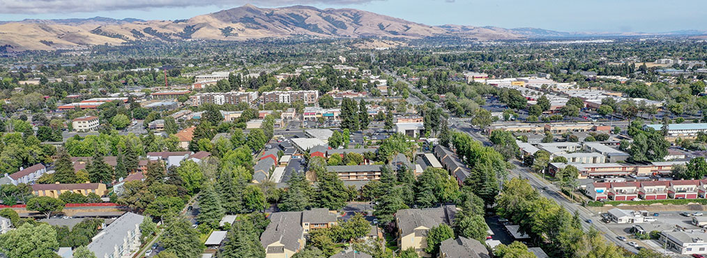 Aerial view of Fremont where you can find Decron's Bay Area apartment community Rancho Luna Sol