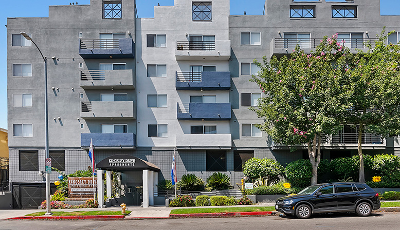 Direct streetside view of Koreatown apartments community Kingsley Drive exterior in Los Angeles